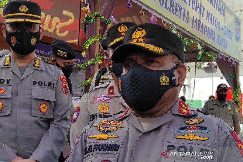 Sepekan, senpi TNI dibawa kabur OTK hingga KSP terkait korupsi bansos