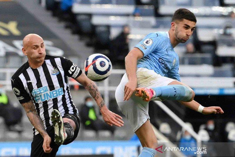 Hat-trick Ferrran Torres bawa The Citizens menang 4-3 atas tuan rumah Newcastle United.