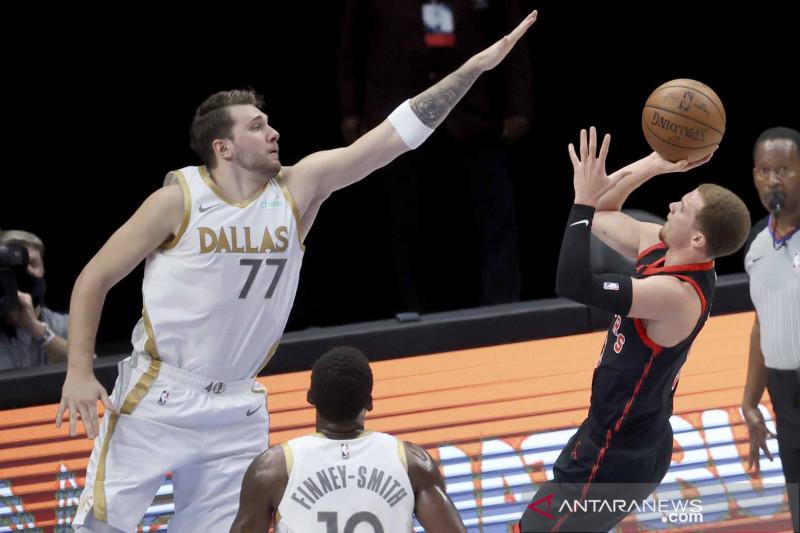 Dallas Mavericks menang atas tamunya Toronto Raptors 114-110
