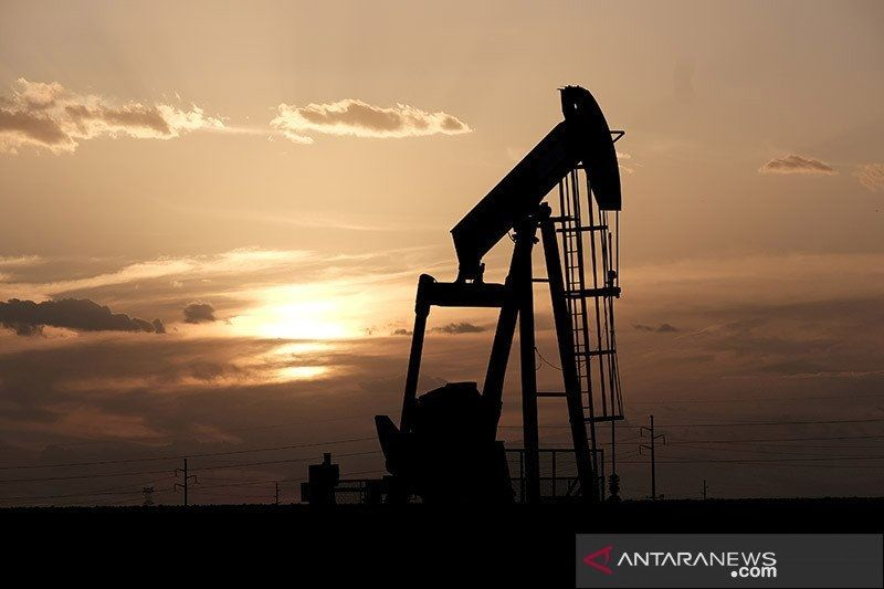 Bank Mandiri prediksi harga minyak 67,7 dolar AS per barel tahun ini