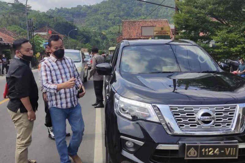 Polisi amankan pengemudi gunakan pelat dinas kepolisian palsu