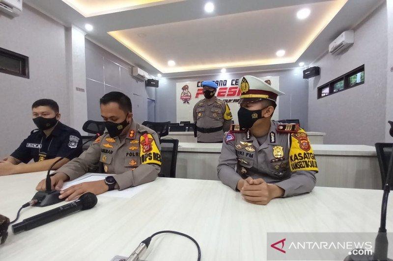 Polres Sukabumi amankan puluhan taksi gelap