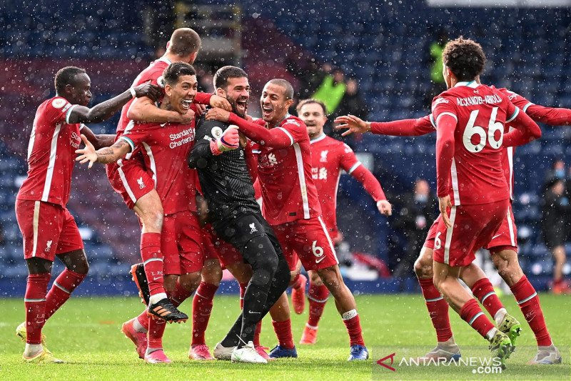 Liga Inggris: Kiper Liverpool Alisson sumbang gol kalahkan West Bromwich Albion 2-1