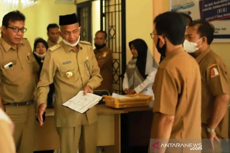 Hari pertama masuk kerja, 101 orang ASN di Nagan Raya Aceh membolos