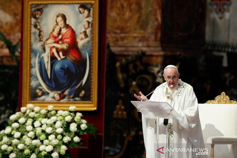 Paus sedih atas penemuan sisa jasad anak di sekolah Katolik Kanada