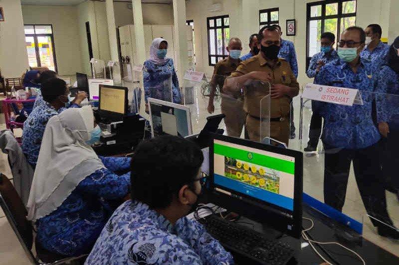 Sekda Indramayu pastikan pelayanan publik usai Lebaran berjalan normal