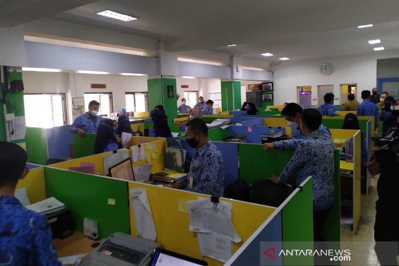 Pemkot Bandung pastikan tak ada ASN bolos di hari pertama kerja
