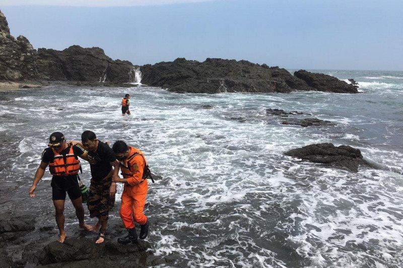 SAR Gunung Kidul selamatkan wisatawan terseret ombak Pantai Siung