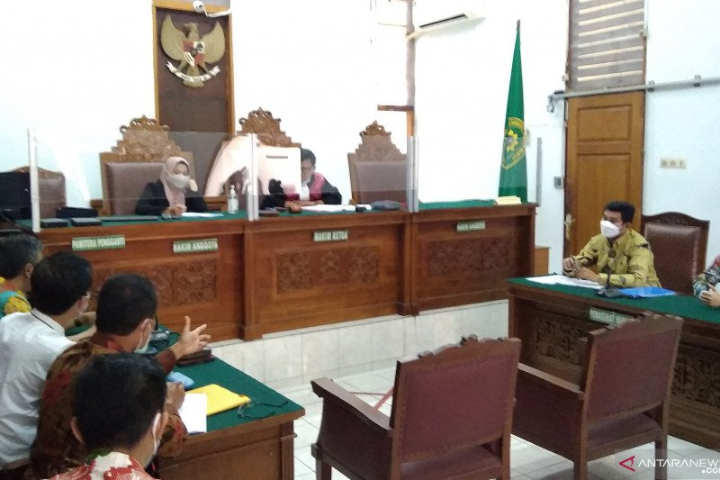 Dalam sidang praperadilan, RJ Lino minta dikeluarkan dari Rutan KPK