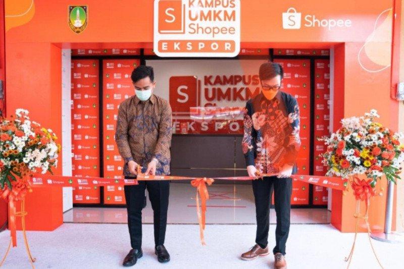 Siap lahirkan 10.000 eksportir, Kampus UMKM Shopee Ekspor diresmikan