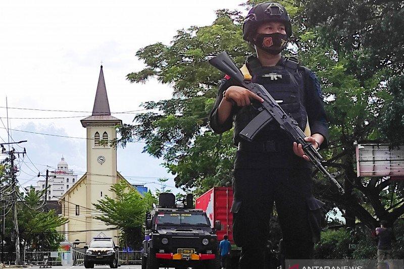 Polisi tetapkan 53 terduga teroris di Makassar tersangka bom Katedral