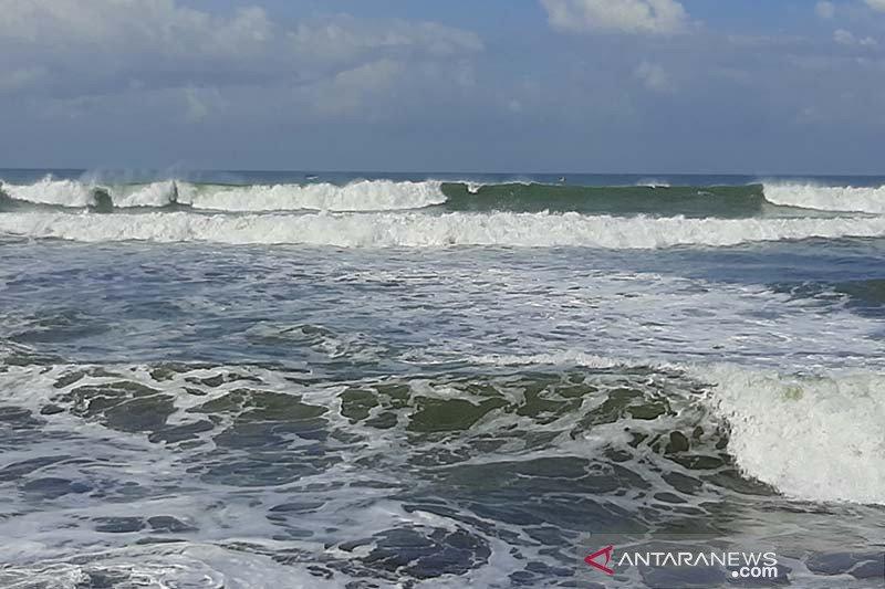 BMKG: Wilayah perairan selatan Jabar-DIY masuki musim angin timuran