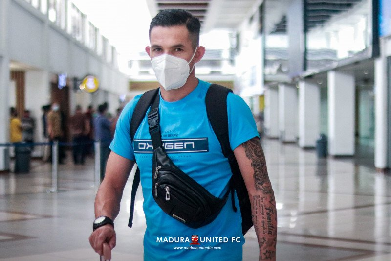 Madura United pastikan rekrut Silvio Escobar