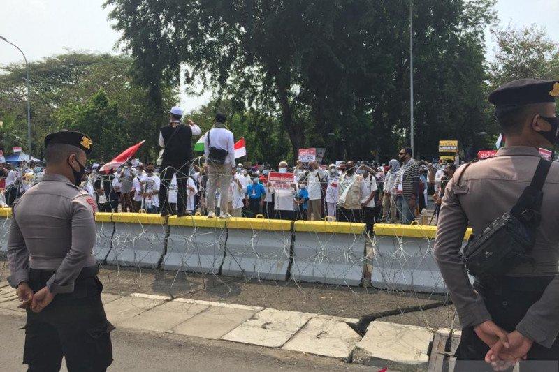 Aksi bela Palestina, Polisi tutup jalan Merdeka Selatan