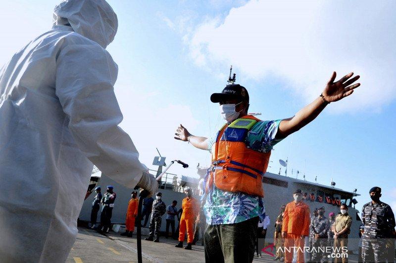 19 ABK KM Bandar Nelayan tiba selamat diantar kapal Australia