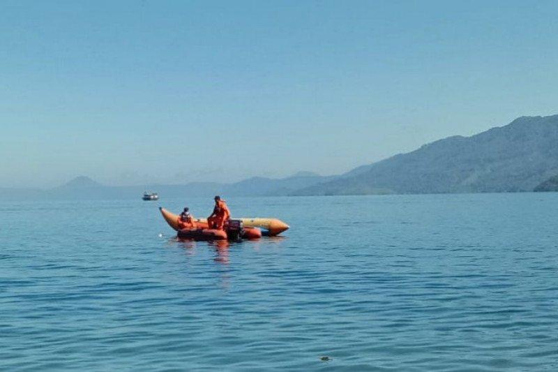 Tim SAR gabungan cari wisawatan hilang di Danau Toba