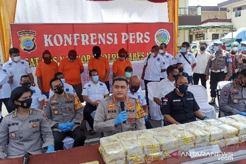 Polisi Medan tangkap kurir bawa 40 kg sabu modus modifikasi mobil