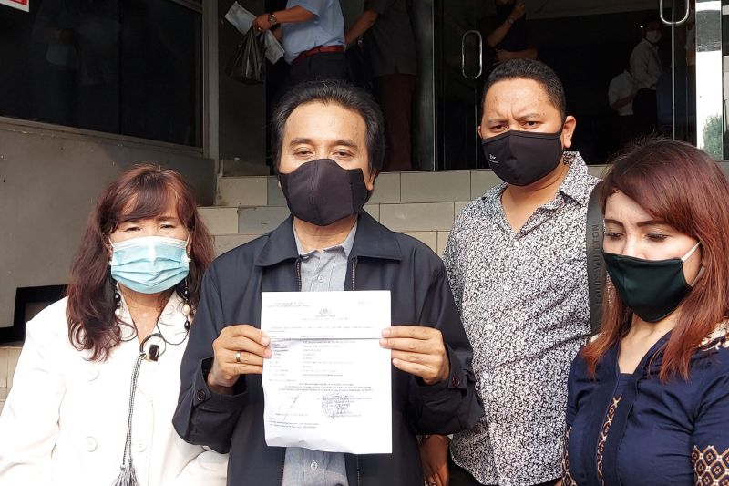 Roy Suryo diperiksa polisi terkait unggahan Lucky Alamsyah