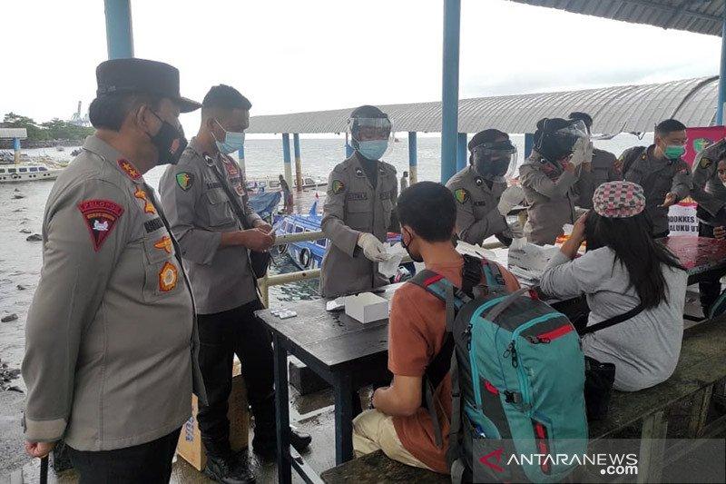 Kapolda Maluku Utara cek tes cepat antigen gratis