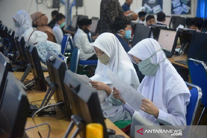 Pengamat sebut sekolah di Banda Aceh harus diliburkan cegah COVID