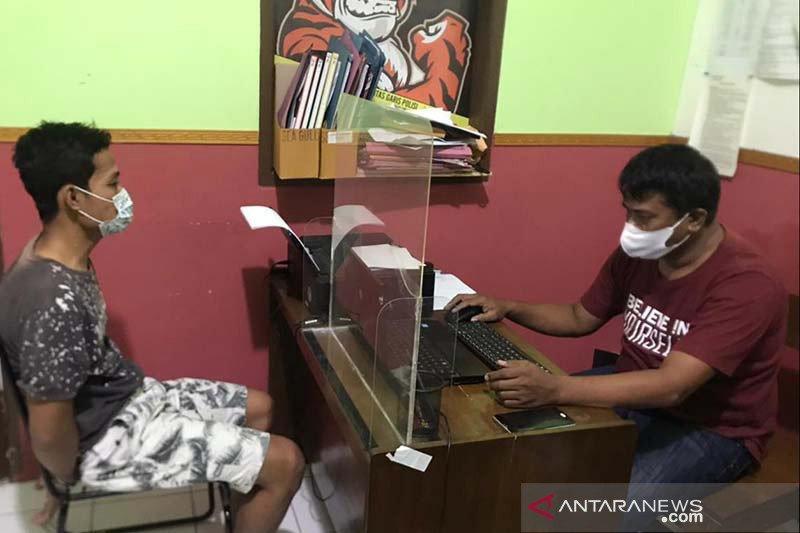 Polisi Banyumas tangkap seorang pelaku pencurian 29 unit handphone