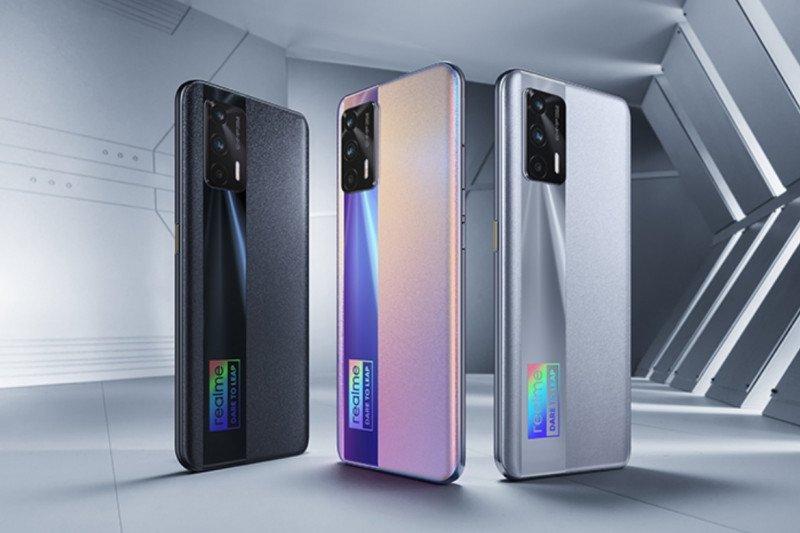 Realme perkenalkan smartphone X7 Max 5G dan Smart TV 4K