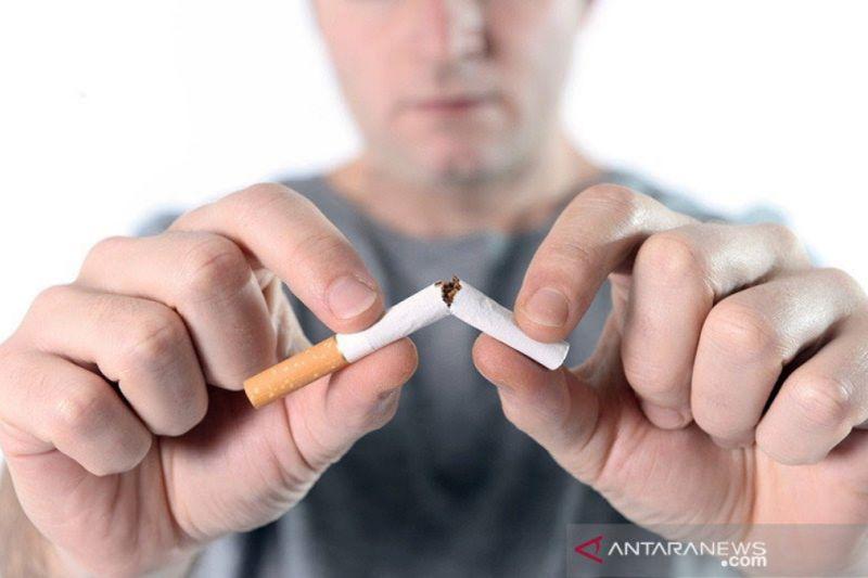 """Kemarin, sinetron """"Zahra"""" dihentikan hingga cara berhenti merokok"""