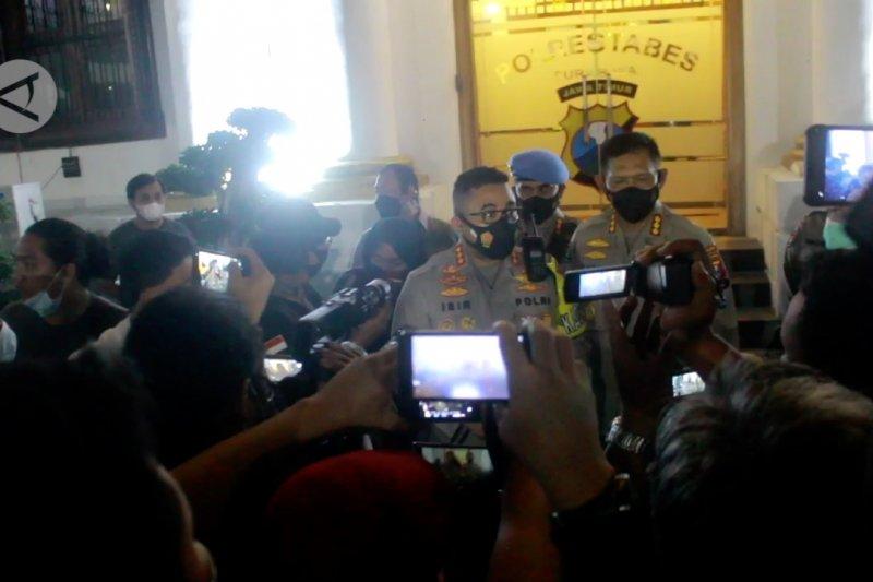Lima anggota Satreskoba Polrestabes Surabaya ditangkap kasus narkoba