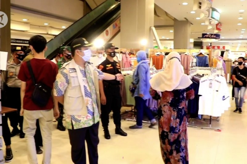 Wali Kota Tangerang antisipasi kerumunan jelang Idul Fitri
