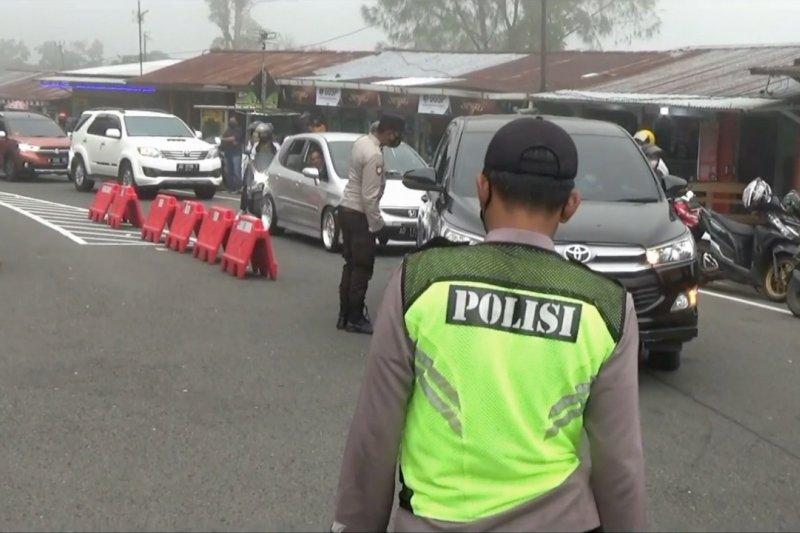 Penyekatan mudik 43 ribu kendaraan diputar balik dari Jatim