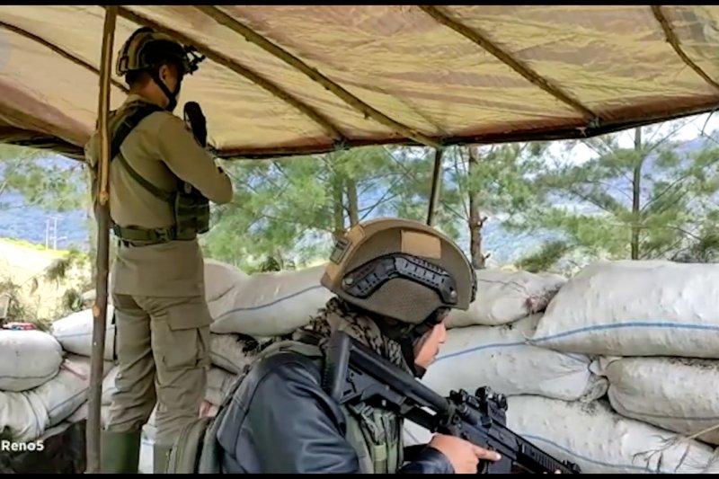 Kontak tembak, TNI-Polri tewaskan 2 teroris di Papua