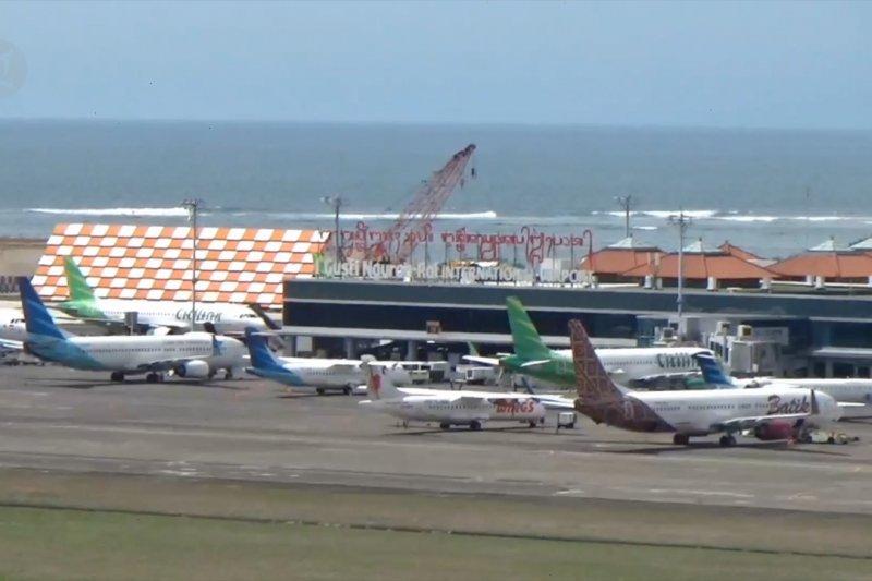 Batik Air tabrak garbarata, bandara investigasi penyebab dan periksa pilot
