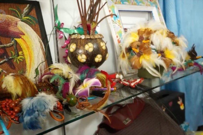 Semangat perempuan Papua siapkan suvenir jelang PON XX