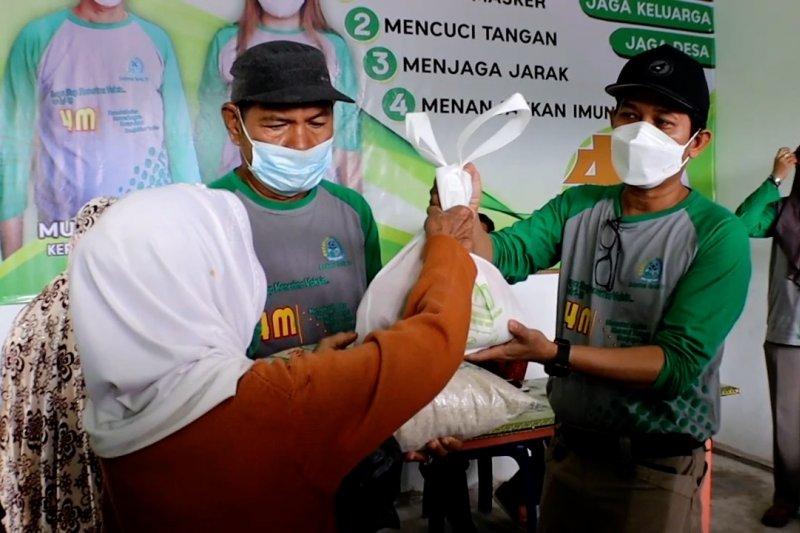 Terapkan PPKM mikro, Pemkab Kubu Raya salurkan bantuan sembako
