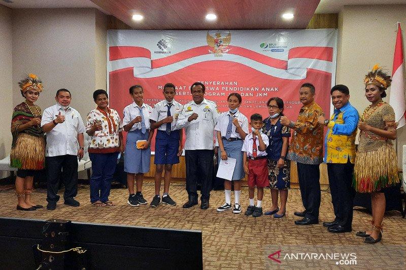 Kemendikbudristek berikan beasiswa afirmasi untuk mahasiswa Papua