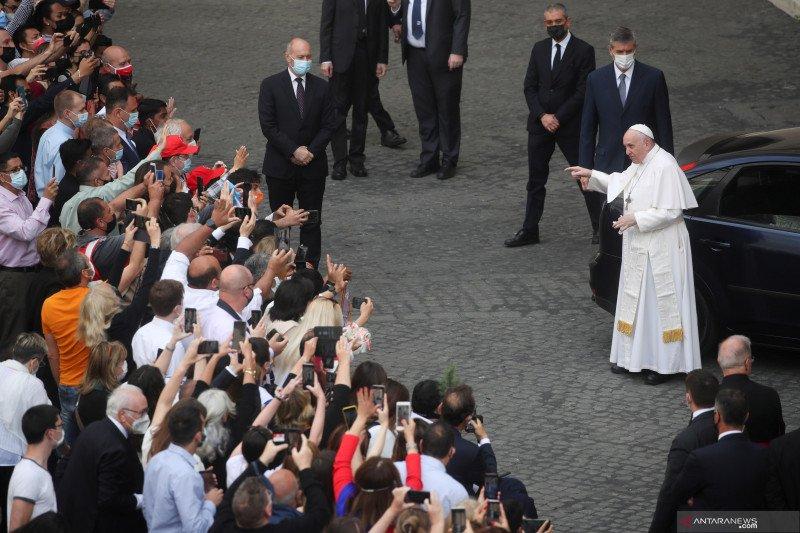 Paus Fransiskus lakukan audiensi umum mingguan
