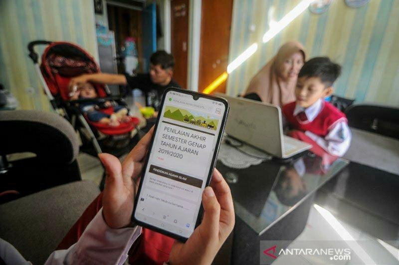 DPRD: Dampak negatif PJJ online mulai terlihat pada anak di Palu