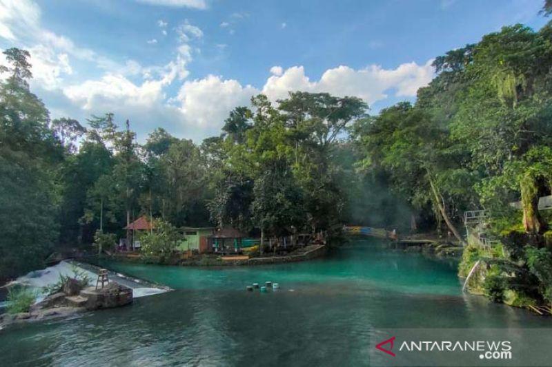 Kemendes PDTT bantu dua desa wisata di Lombok Barat