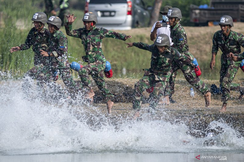 Lomba pentathlon Korps Marinir