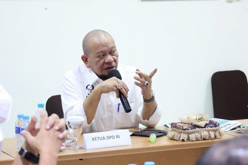 Ketua DPD RI minta pemerintah selamatkan maskapai Garuda