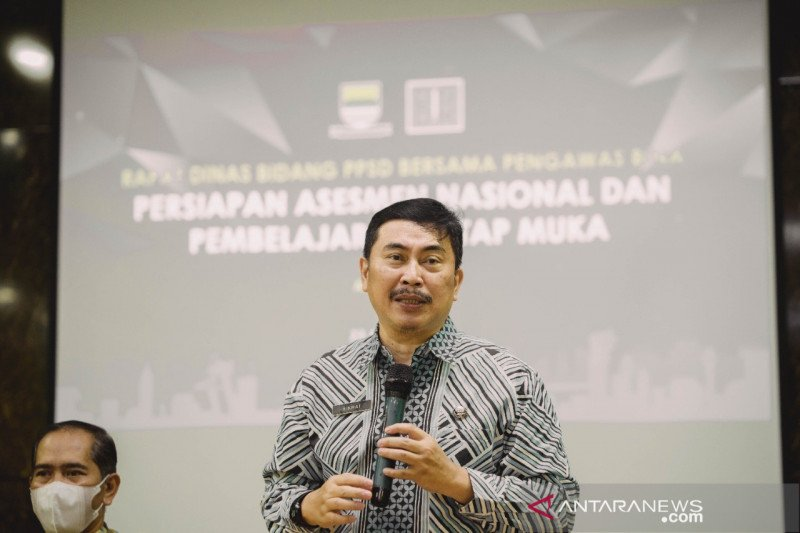 Disdik Kota Bandung gelar uji coba belajar tatap muka 7 Juni
