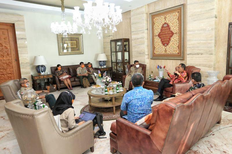 BNPB bantu Pemkot Makassar alat PCR COVID-19