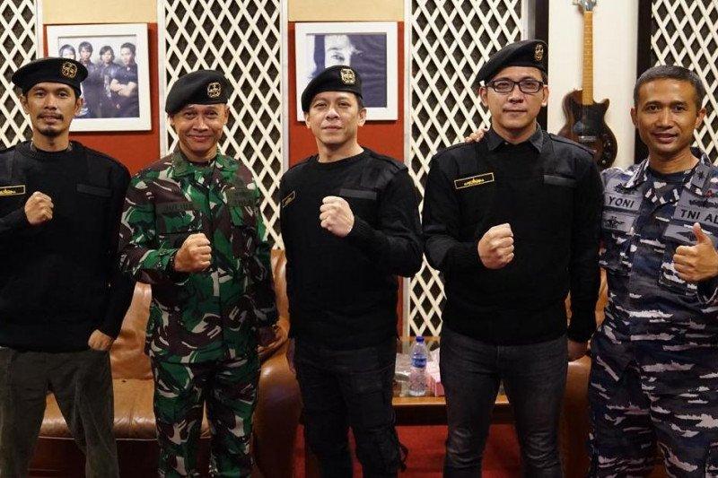 Noah-TNI AL nyanyikan hymne kenang 40 hari gugurnya awak Nanggala 402