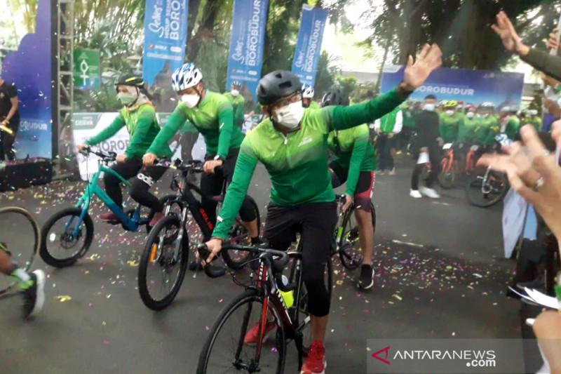 Kampanye hidup sehat, Sandiaga gowes dari Kota Yogya ke Borobudur