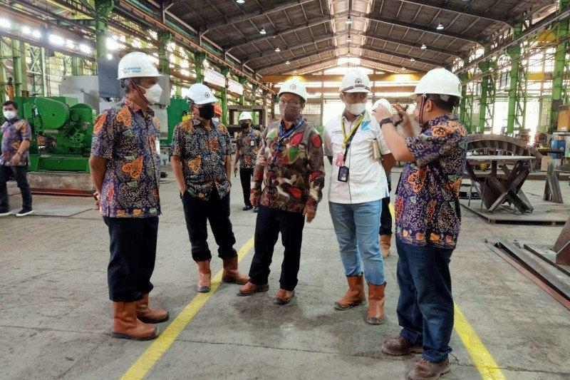 Semen Padang-Krakatau Nasional Resources jajaki kerja sama produk