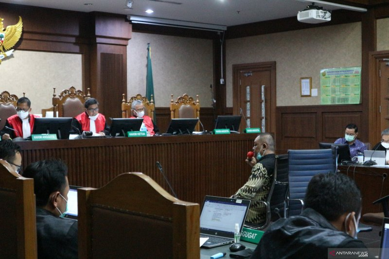 "Saksi paparkan cara pemberian ""fee"" Rp14,7 miliar kepada Juliari"