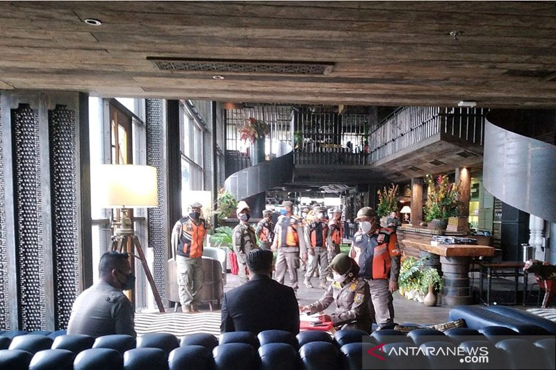 Jakarta kemarin, kafe langgar prokes ditutup hingga PPDB DKI Jakarta