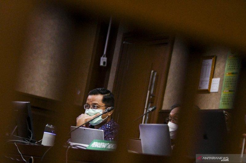 Kemarin, sidang korupsi bansos hingga kawanan perampok di Makassar