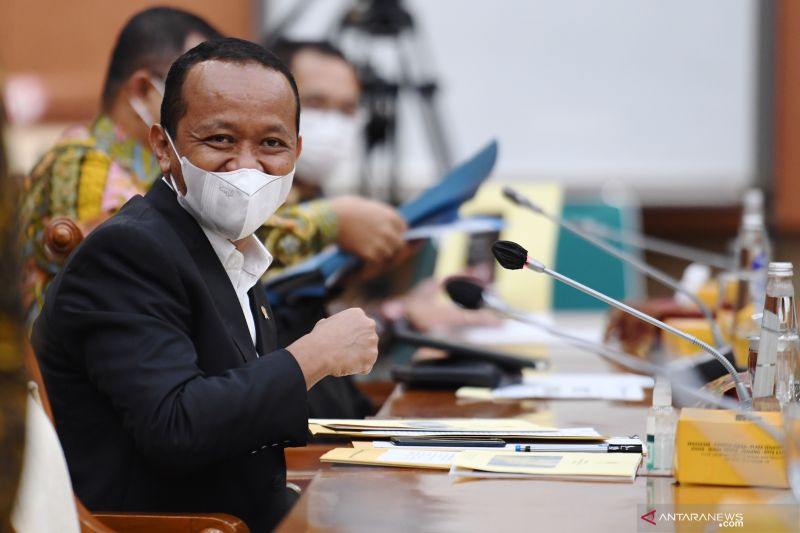Bahlil ingin dorong investasi bangun industri di Papua