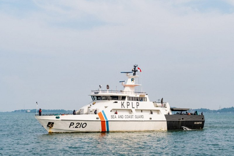 Bea Cukai gandeng KPLP dan Polairud patroli laut di Kepri